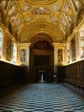 Rijke verfraaide gang van de sacristie van Chartreuse van St Martin in Napels, Italië Royalty-vrije Stock Afbeeldingen