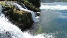 Rijn-de dalingen schaffhausen waterval stock footage