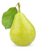 Rijp groen geel perenfruit met blad stock afbeelding