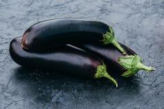 Rijpe aubergines Royalty-vrije Stock Afbeelding