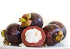 Rijpe Aziatische fruit zoete mangostans Royalty-vrije Stock Afbeeldingen
