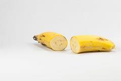 Rijpe banaan op witte achtergrond royalty-vrije stock foto's