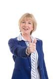 Rijpe bedrijfsvrouw die duim-omhoog tonen Royalty-vrije Stock Fotografie