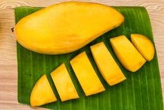 Rijpe mango's Royalty-vrije Stock Afbeeldingen