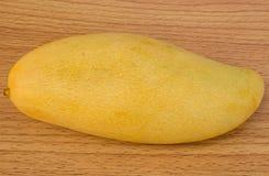 Rijpe mango's Stock Afbeeldingen