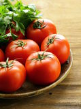 Rijpe organische tomaten Royalty-vrije Stock Afbeeldingen