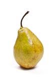 Rijpe peer die op witte achtergrond wordt geïsoleerdl Met het knippen van weg Stock Afbeeldingen
