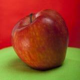 Rijpe rode appel Royalty-vrije Stock Afbeeldingen