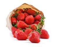 Rijpe sappige aardbeien op een witte achtergrond Stock Foto's