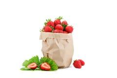 Rijpe sappige aardbeien op een witte achtergrond Stock Foto