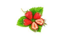 Rijpe sappige aardbeien op een witte achtergrond Stock Fotografie