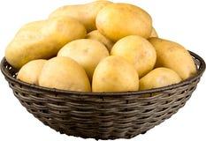 Rijpe Verse Aardappels op witte achtergrond stock afbeeldingen