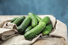 Rijpe verse komkommers Stock Fotografie