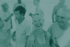 Rijpe Volwassen het Gelukvriendschap Plakkend Conce van de geschiktheidsoefening stock afbeeldingen