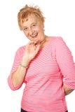 Rijpe vrouw in gestreept rood Royalty-vrije Stock Afbeelding