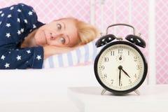 Rijpe vrouw met slapeloosheid Royalty-vrije Stock Afbeeldingen