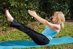 Rijpe Vrouw Pilates stock fotografie