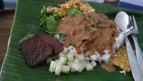 Rijst met pinda sauge Stock Fotografie