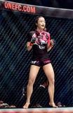 """Rika Ishige """"Tiny Doll† van Thailand in Één Kampioenschap Stock Afbeelding"""