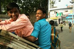 Rikschafahrt in Varanasi Lizenzfreie Stockbilder