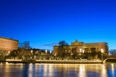 Riksdag-Gebäude und Norrbro-Brücke Stockholm, Schweden Lizenzfreies Stockbild