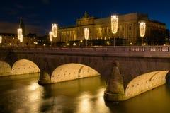 Riksdag-Gebäude und Norrbro-Brücke Stockholm, Schweden Lizenzfreies Stockfoto
