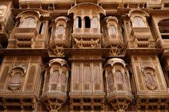 Rikt dekorerade hus i Indien royaltyfri foto