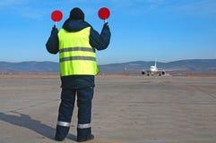 Rikta för flygplatsarbetare Royaltyfri Fotografi