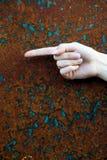 riktningshand som pekar till vänster kvinnan Arkivfoton