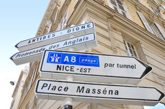 Riktningstecken, Nice, Frankrike Royaltyfria Bilder
