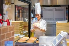 Rikuro Ojisan Namba的乳酪蛋糕商店在大阪 免版税库存照片