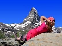 Rilassamento in alpi Fotografie Stock