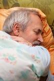 Rilassamento dell'uomo senior Fotografie Stock