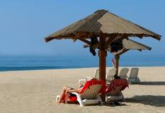 Rilassamento della spiaggia Fotografia Stock Libera da Diritti