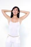 Rilassamento di aerobica di allenamento della giovane donna Immagine Stock