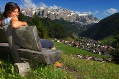 Rilassamento nelle montagne Fotografia Stock