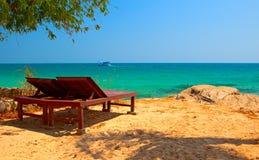 Rilassamento sulla spiaggia Fotografie Stock Libere da Diritti