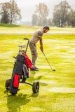 Rilassandosi con il golf Immagine Stock