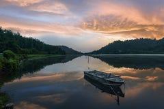 Rilassi e goda della natura fotografie stock libere da diritti