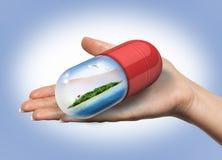 Rilassi il concetto delle capsule della medicina Fotografie Stock Libere da Diritti