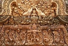 Rilievo di Khmer in Banteay Srei Immagine Stock Libera da Diritti