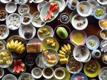 Rimanenze cinesi della prima colazione. fotografia stock