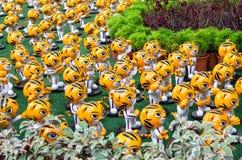 ` Rimau ` jest miniaturowym postacią który przed pawilonu zakupy kompleksem symbolicznym Kuala Lumpur ho Malezja gier Denna masko Obrazy Royalty Free