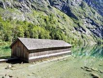 Rimessa per imbarcazioni nel lago Obersee Fotografie Stock