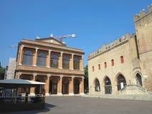 13 06 2017, Rimini, Italia: Archite medievale quadrato di Cavour della piazza Fotografia Stock Libera da Diritti