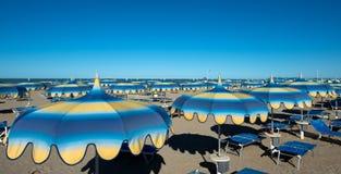 Rimini kilometer-lång sandig strand 15, över 1.000 hotell och th Royaltyfri Fotografi