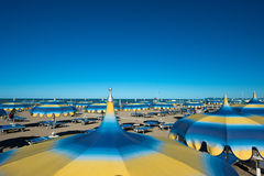 Rimini, una spiaggia sabbiosa di lunghezza da 15 chilometri Fotografia Stock