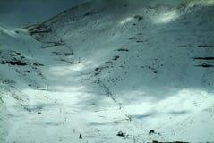 Rimorchio di sci sui pendii di Qurnat come Sawda nel Libano Fotografie Stock Libere da Diritti