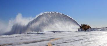 Rimozione di neve dell'aeroporto Fotografie Stock Libere da Diritti