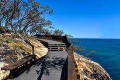 Rimpinzi della pista della passeggiata sull'isola del nord di Stradbroke, Australia Fotografia Stock